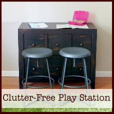 clutter-free-play-station