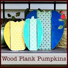 distressed wood plank pumpkins