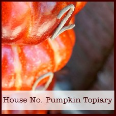 house-number-pumpkin-topiary