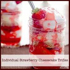 individual-strawberry-cheesecake-trifles