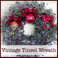 vintage-tinsel-wreath