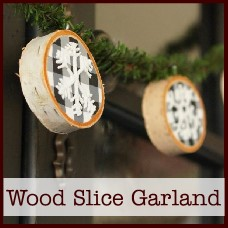 wood-slice-winter-garland