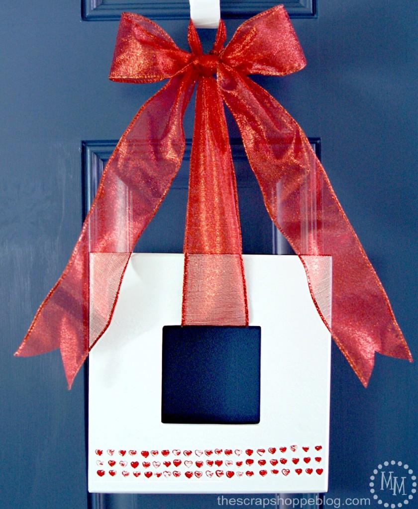 Valentine-frame-wreath