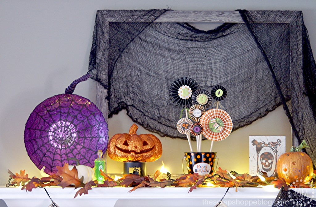 halloween-mantel