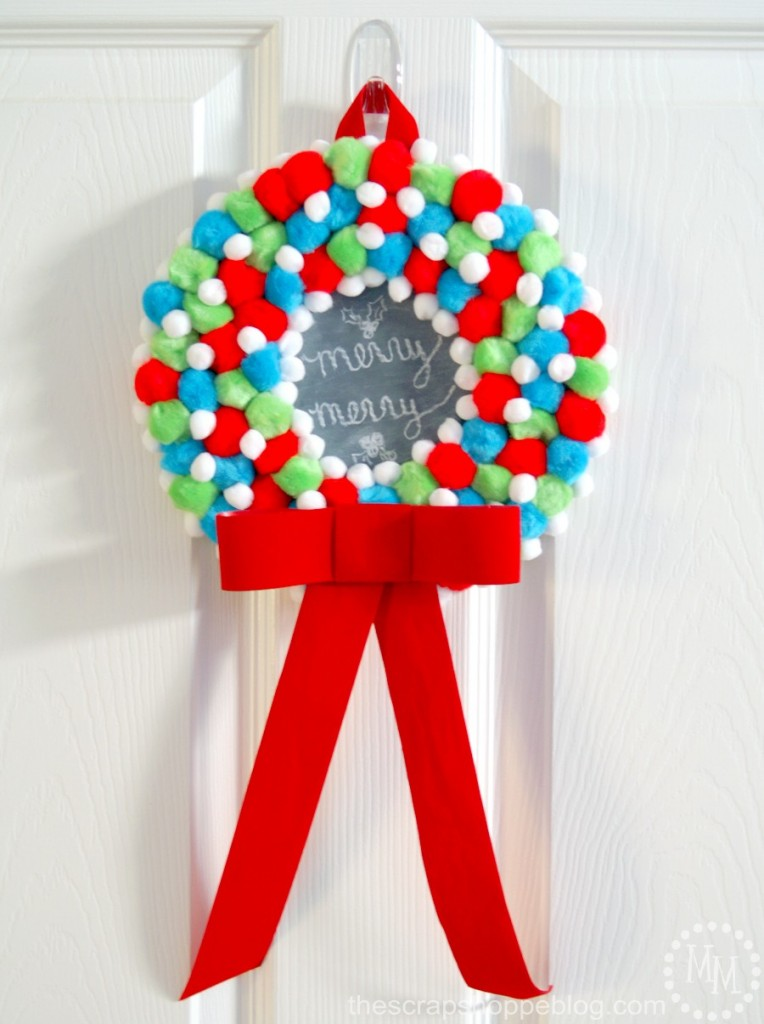 kids-pom-pom-wreath