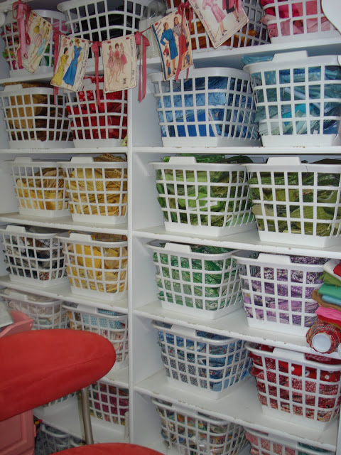 laundry-basket-storage