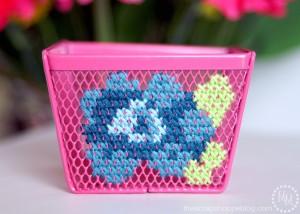 cross-stitch-flower
