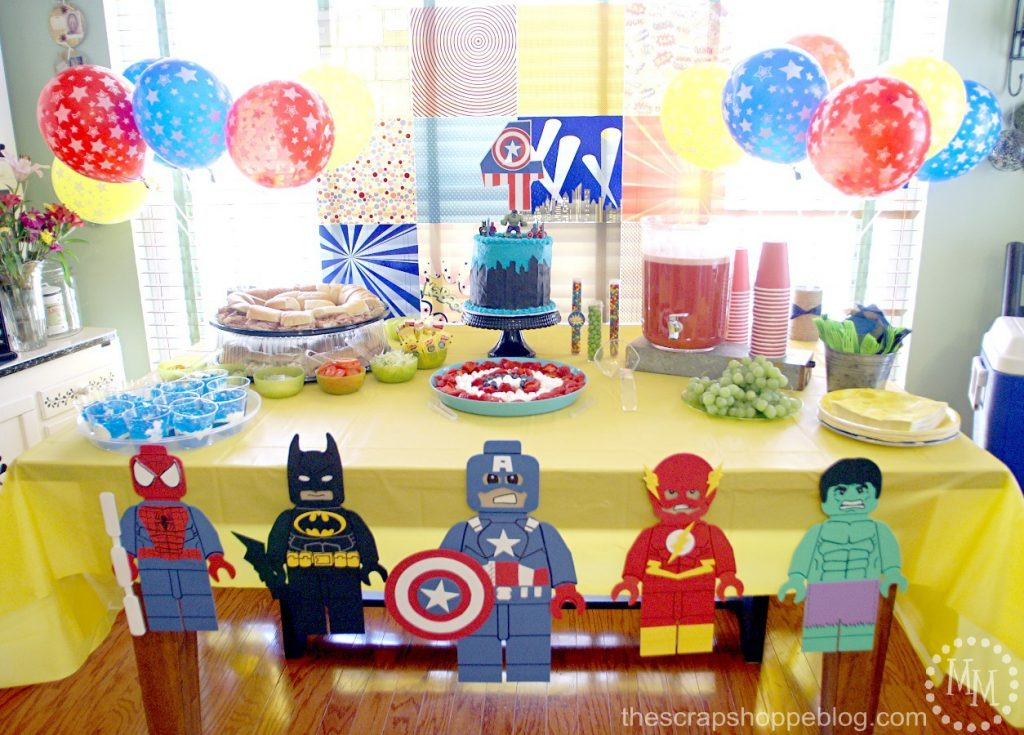 lego-superhero-food-table
