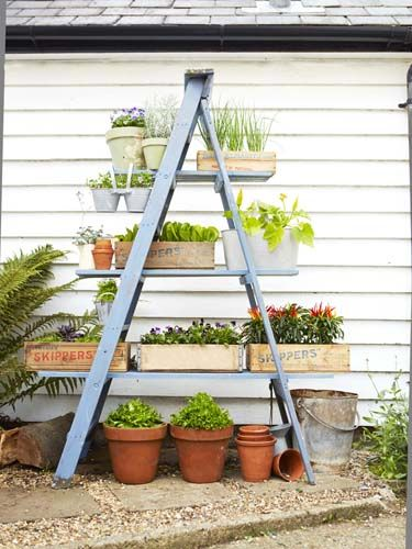 towering-tiered-gardening