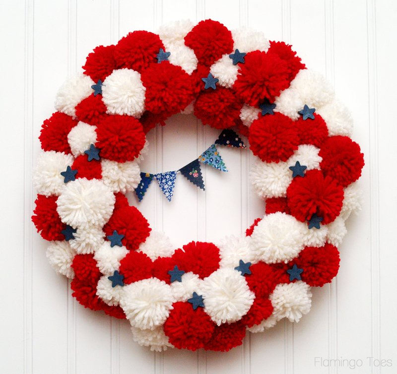 Fourth-of-July-Pom-Pom-Wreath