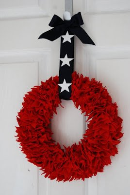 felt-stars-patriotic-wreath
