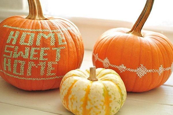 painted-cross-stitch-pumpkins