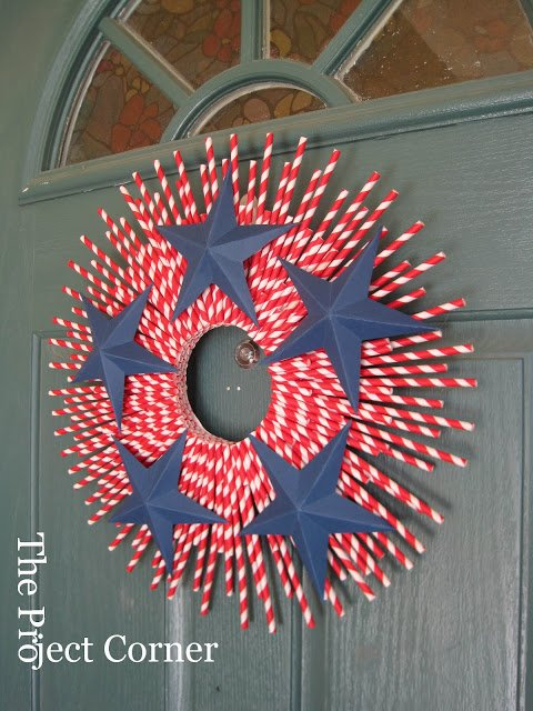patriotic-straw-wreath