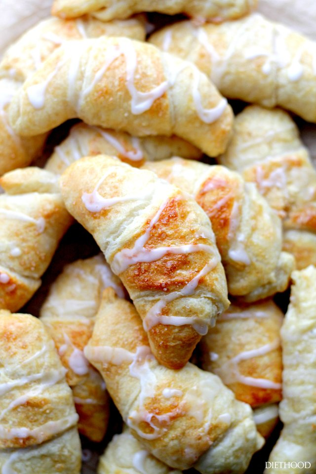 Crescent-Rolls-with-Cheesecake