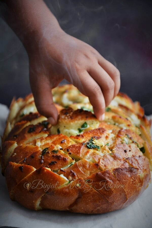 Cheesy-Garlic-Pull-Apart-L2-WP-WT-S