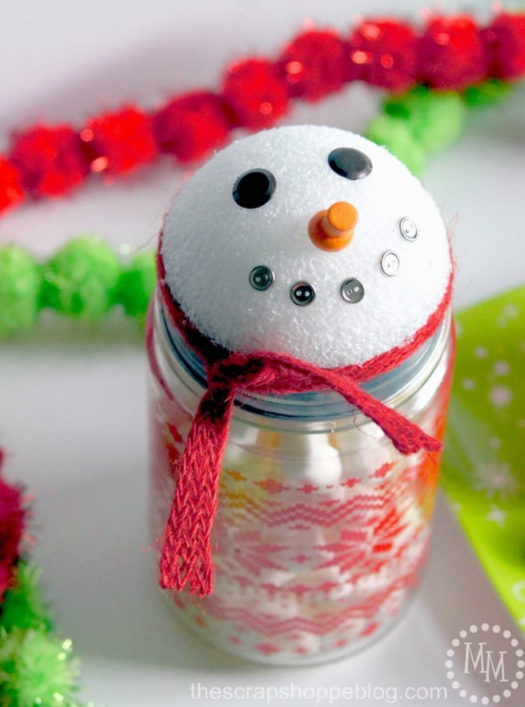 Super Simple Snowman Gift Jars - a great neighbor or teacher gift idea!