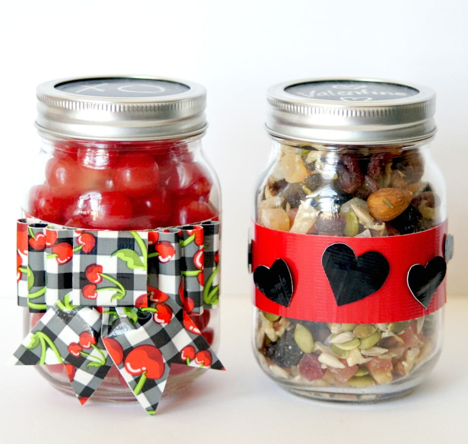duck-tape-valentine-mason-jars