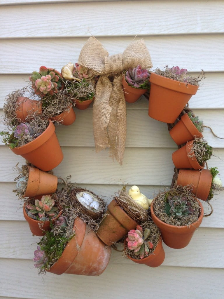 clay-pot-wreath