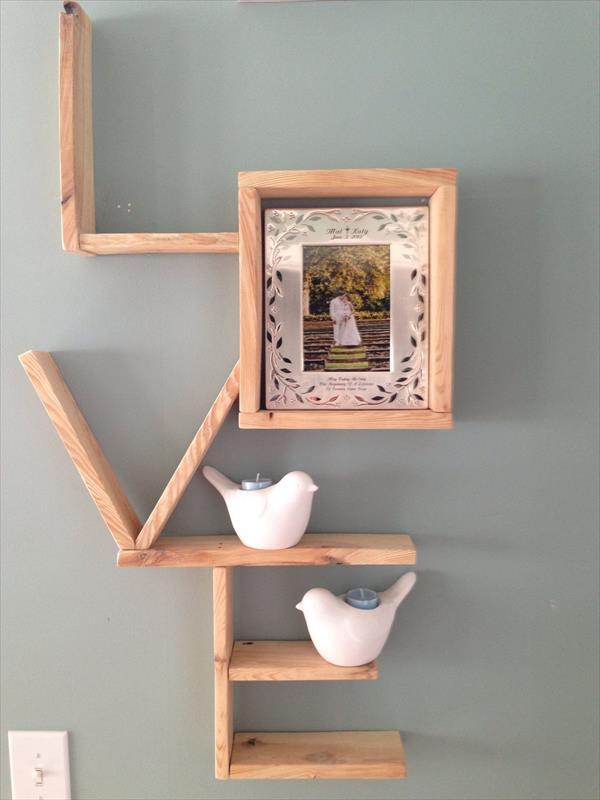 pallet-love-wall-shelf-2