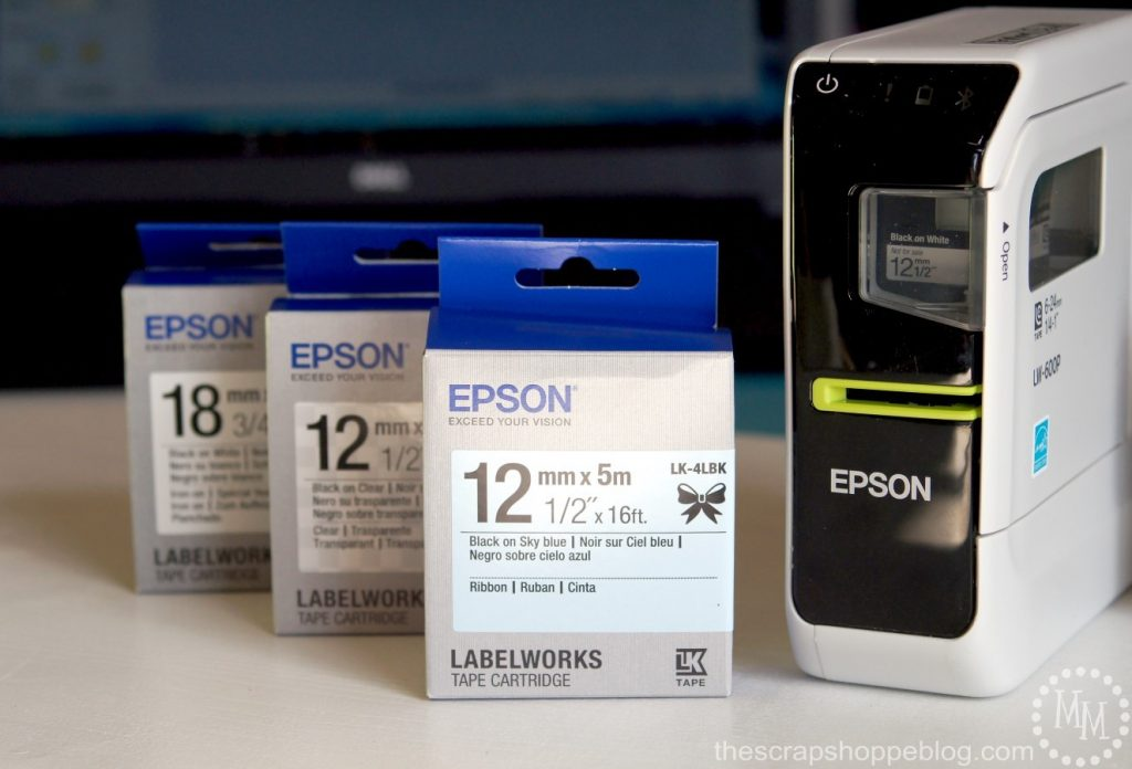 Easy Customized Gift Wrap using the Epson LW-600P portable label maker. #epson #limitlesslabeling