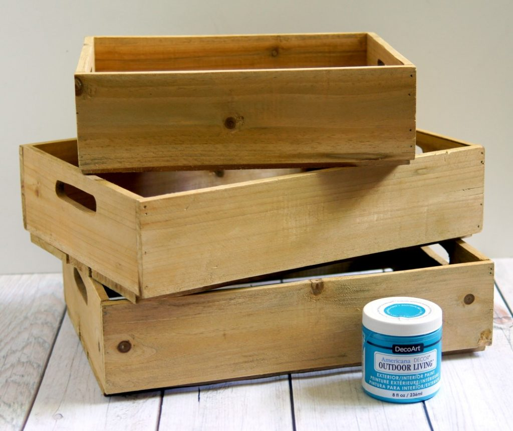 Create an easy DIY serving station for your outdoor entertaining with crates!
