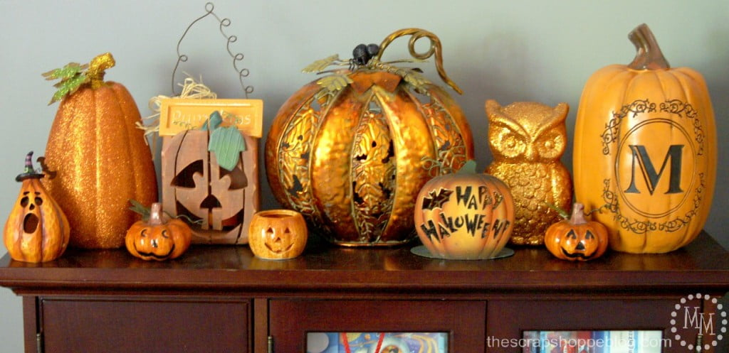 pumpkin patch decor 1024x497 - Halloween And Fall Decorations