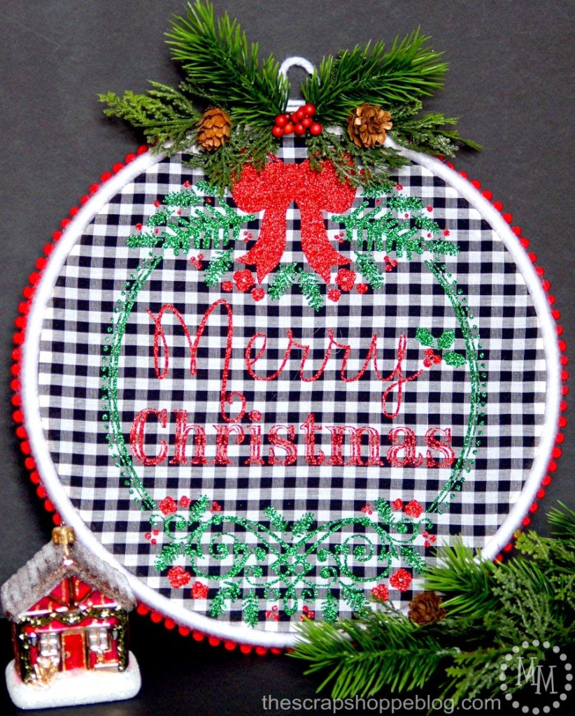 Create your own Merry Christmas embroidery hoop art with this FREE Silhouette cut file!