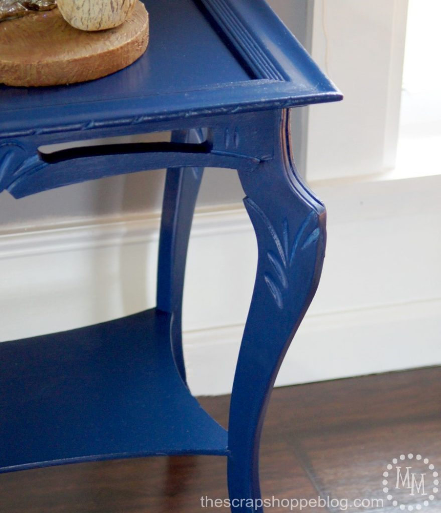 Give a worn out piece of furniture a whole new look with paint!