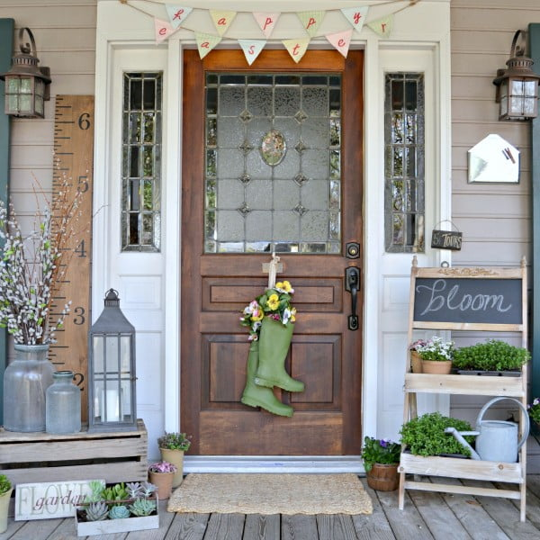 Get inspired for spring! These front porch decoration ideas will have you ready to decorate.
