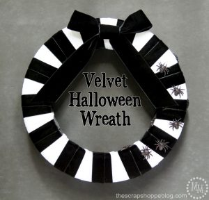 Black & White Halloween Wreath