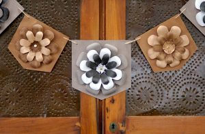DIY Farmhouse Chic Floral Banner at Crafts Unleashed