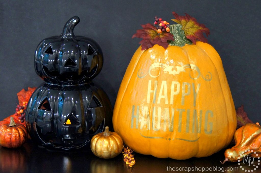 This ghoulishly glam pumpkin is perfectly topped off with gold adhesive vinyl!
