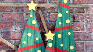 Faux Pallet Christmas Trees