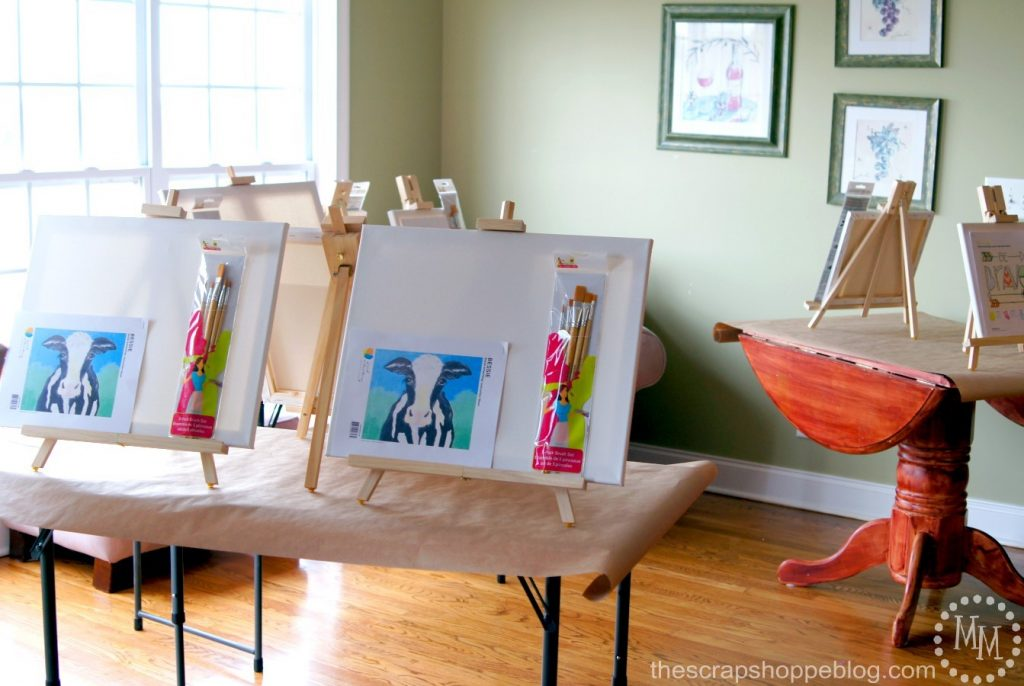 Host a fun Moms Day Out with a paint party and create trendy canvases!