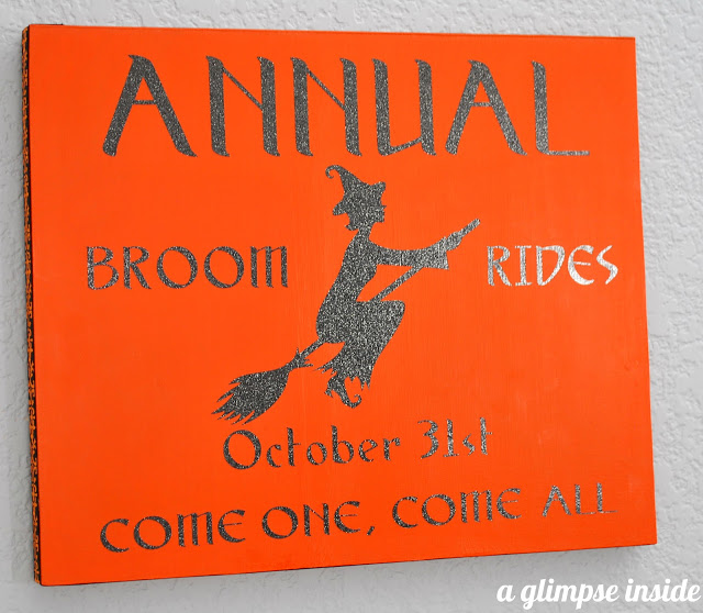 These DIY Halloween signs are great decor for your home!